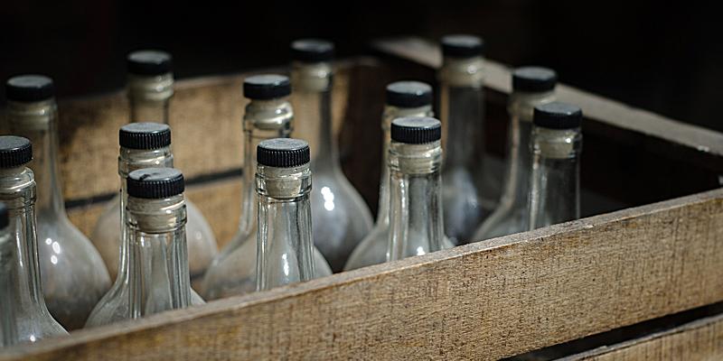 francuskie trunki alkohol Chartreuse cydr kir royal